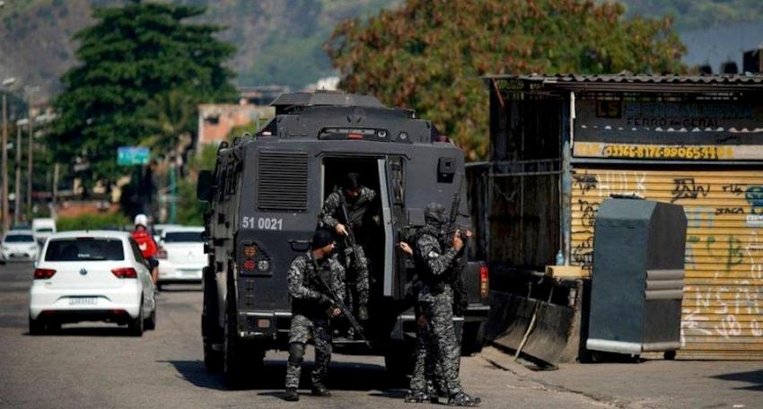 रियो दी जेनेरोमा प्रहरी र तस्करबीच गोली हानाहान ह्ँदा कम्तीमा २५ जनाको मृत्यु