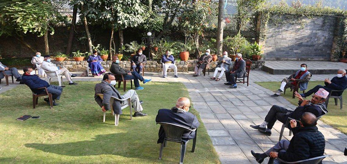 कांग्रेसको निर्णय : माधव नेपाल समूहलाई सरकारमा समेट्ने