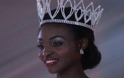 नग्न फोटोले खोस्यो मिस जिम्बाब्वेको ताज