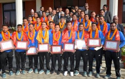 सोलिडारिटी कप बिजेता खेलाडीलाई जनही ३ लाख पुरस्कार