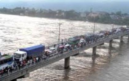 नारायणी नदीमा सिग्नेचर पुल बन्ने