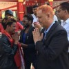 नेपाल अाइडलका रवीका लागि नेता भट्टले मागे भाेट