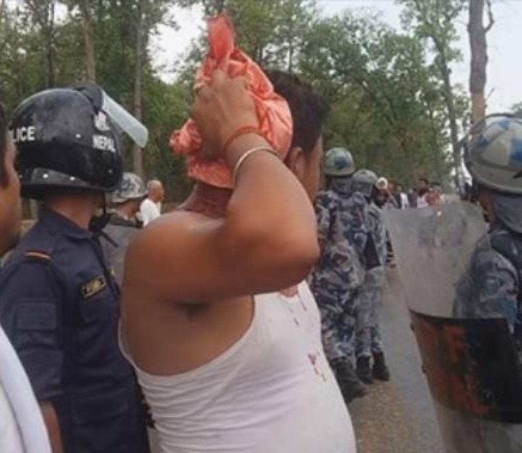 खानेपानी मन्त्री निर्वाचन क्षेत्र जाँदा नेकपा र कांग्रेस कार्यकर्ताबीच झडप
