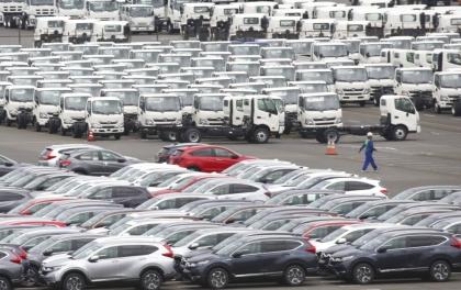 चीन र अमेरिकाबीचको द्वन्दले जापानको व्यापार बिजोग