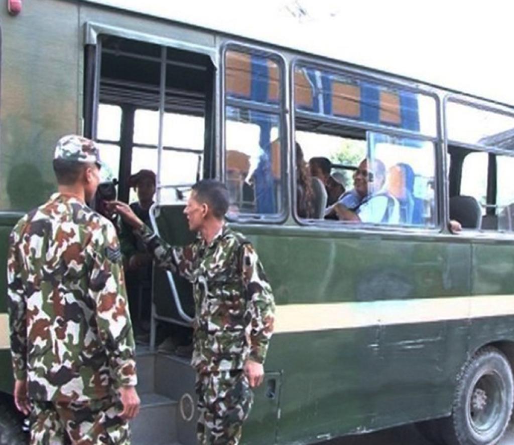 दशैंको टीकाको दिन नेपाली सेनाले विभिन्न ७ रुटमा निःशुल्क बस चलाउँदै (सूचनासहित)