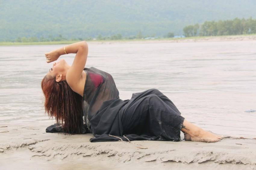 Priyanka-Karki-Chitwan-Video-2-1024x682