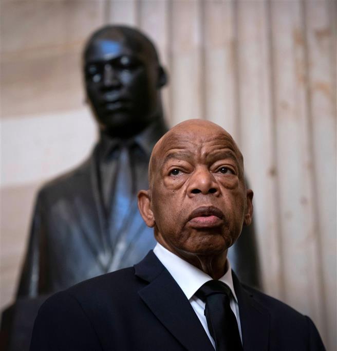 अमेरिकी-नागरिक-अधिकार-अग्रणी-कांग्रेसी-जॉन-लुईस-का-80-वर्ष