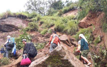लमजुङ–मनाङ सडक अवरुद्ध
