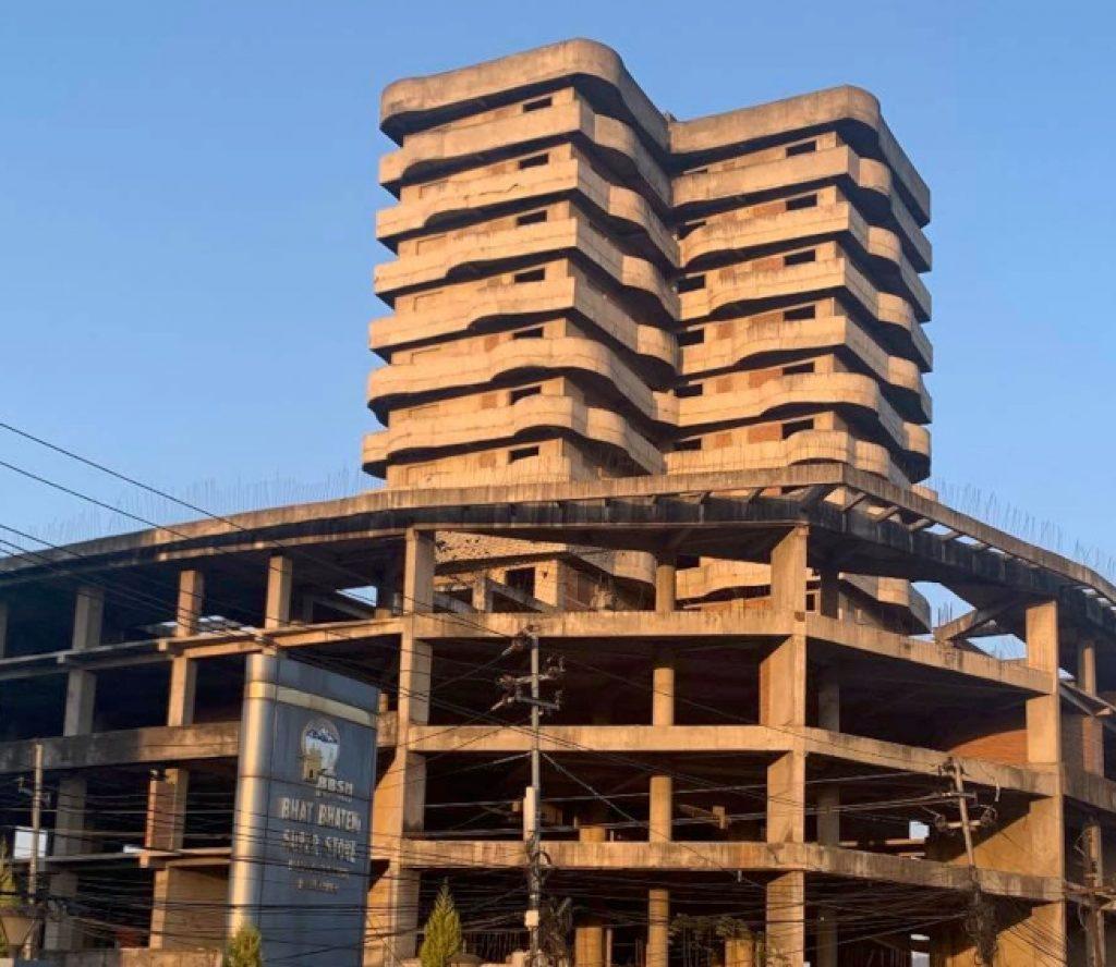 राधेराधेको १७ तले भवन अब खाद्यान्न भण्डार