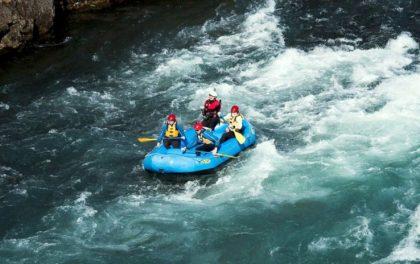 पर्यटन वर्षको प्रचार गर्न जनप्रतिनिधिसहितको जलयात्रा
