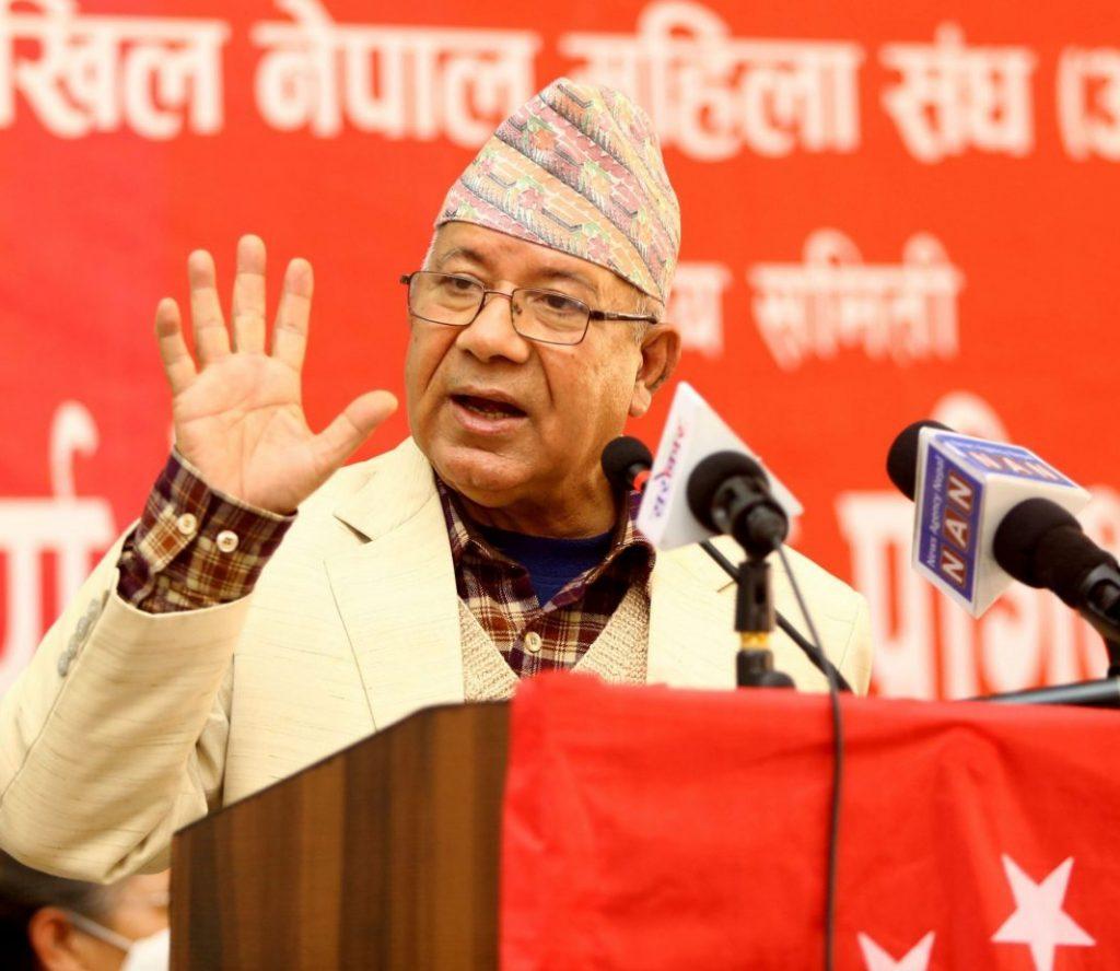ओली कि कामचलाउ प्रधानमन्त्री हुनुपर्यो कि प्रधानमन्त्री पद छोड्नुपर्योः अध्यक्ष नेपाल