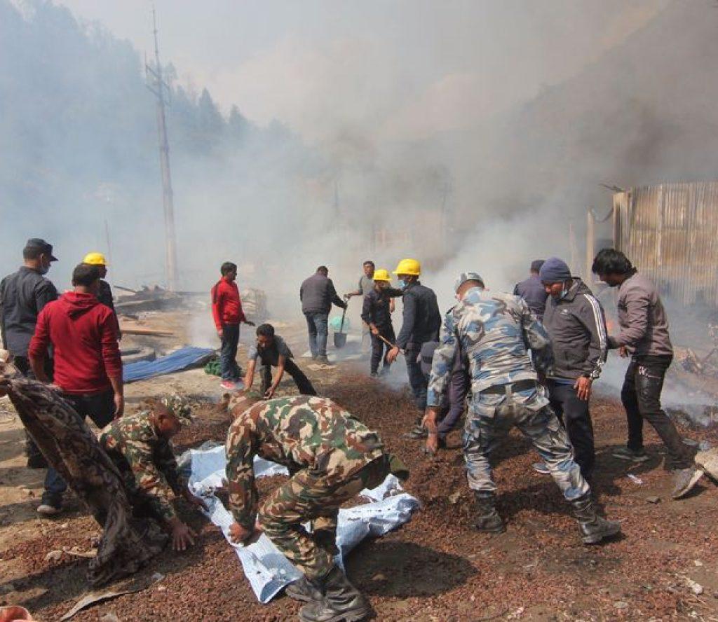 ताप्लेजुङको दोभान बजारमा आगलागी हुँदा ७९ घरपरिवार विस्थापित