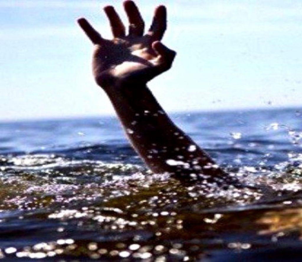 चमेलिया नदीमा बगेका बालक भारतमा मृत फेला
