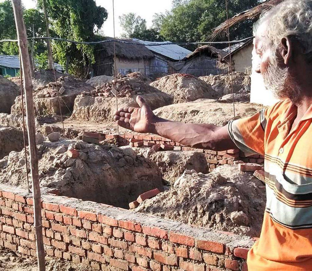 जनता आवासले बनाउँदै गरेको घरमा भारतको अवरोध