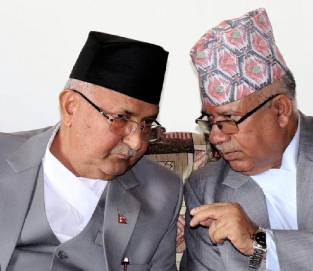 प्रचण्डलाई भेटेपछि ओली भेट्न बालुवाटार पुगे माधव नेपाल
