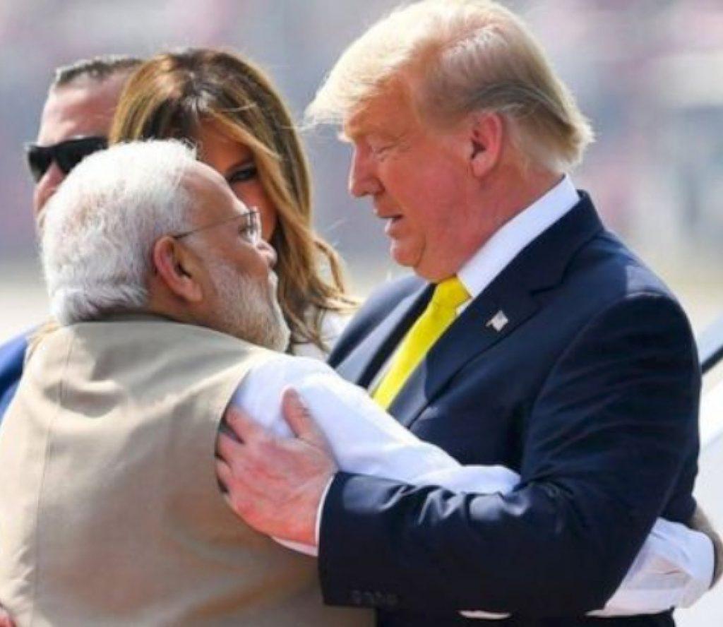 डोनाल्ड ट्रम्पको भारतमा भव्य स्वागत