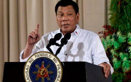 फिलिपिन्सका राष्ट्रपतिद्धारा लकडाउन उल्लंघन गर्नेलाई गोली हान्न आदेश